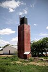 De watertoren achter de schoollabo's